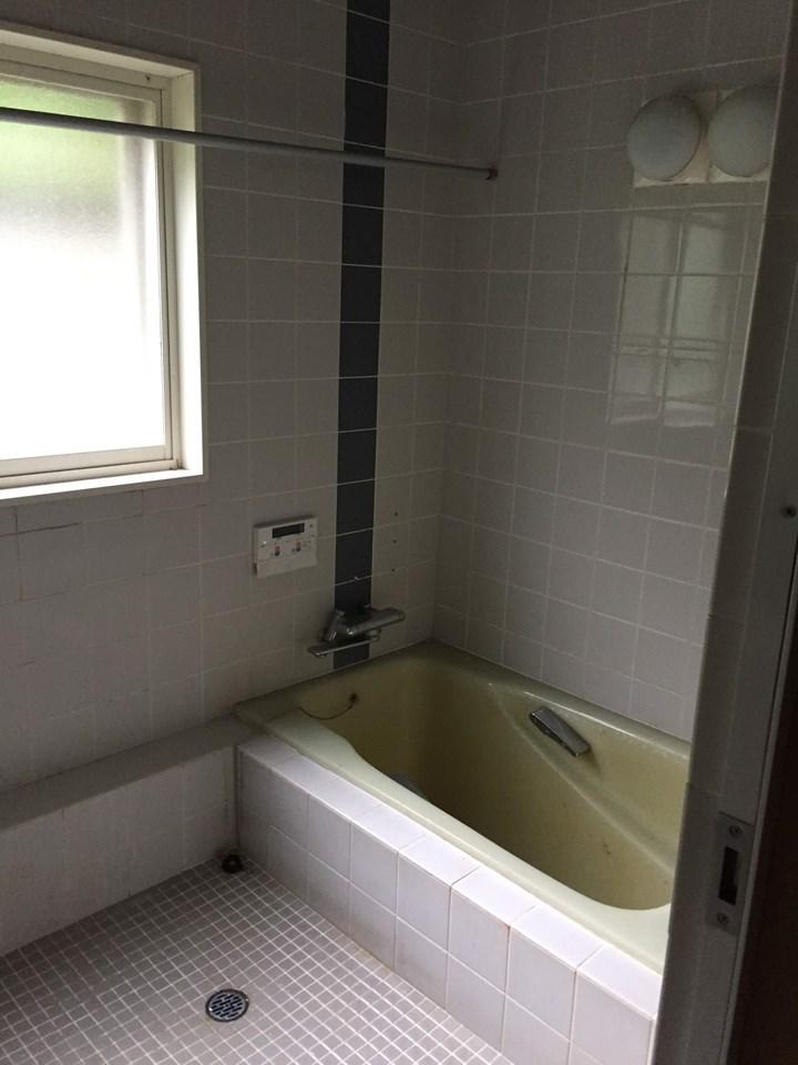 A様邸お風呂改修工事施工前